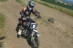 stage-motocross-moto-quad-concept