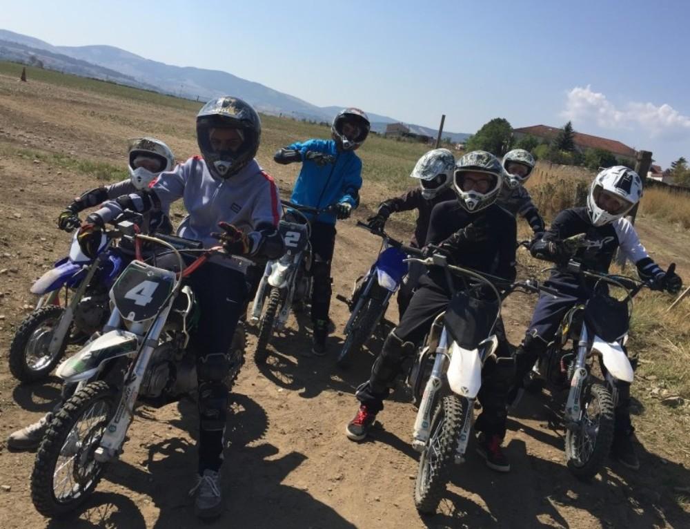 COLONIES DE VACANCES PRINTEMPS MOTO QUAD ENTRE LYON ET SAINT ETIENNE