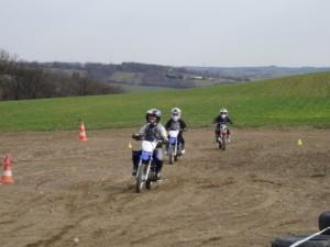 Course motocross prairie kids